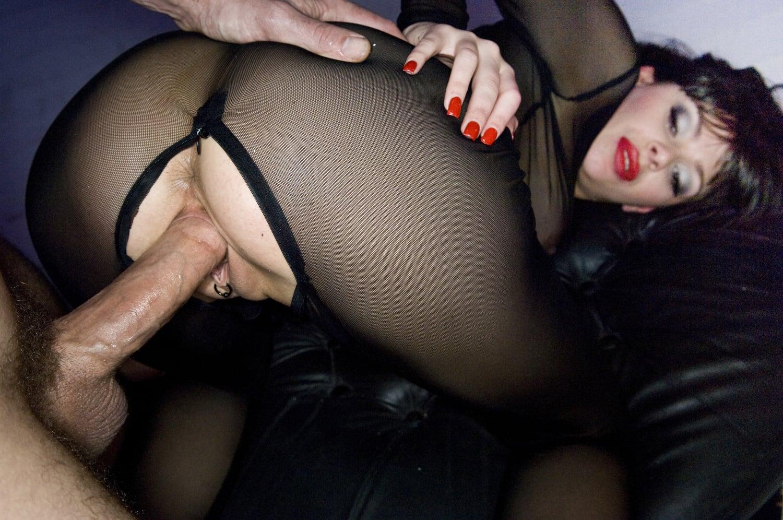 http://harmony.xxx-scenes.com/Claudia_Rossi-Aphrodiziac/Claudia-Rossi-Harmony-Aphrodiziac-2013-01-10-011_1500.jpg